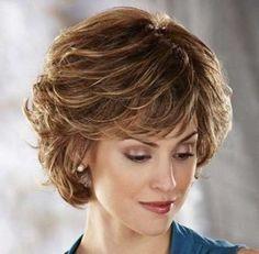 24.Short Cortes de pelo para las mujeres mayores