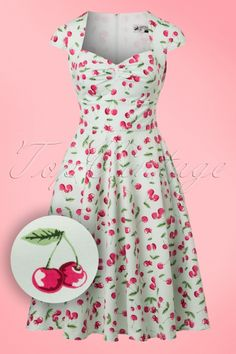 April Cherry Swing Dress in Mint Green Dresses With Vans, Modest Dresses, Summer Dresses, Vintage Tops, Vintage Style, Vintage Fashion, Swing Rock, Cherry Baby, Stunning Redhead