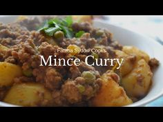 Side Recipes, Bread Recipes, Cooking Recipes, Healthy Recipes, South African Recipes, Indian Food Recipes, How To Cook Mince, Cooking Curry, Indian Curry