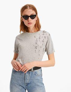 019b18ba9a97 Shirt mit Augen und Schmuckstein - Neu