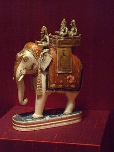 Chess piece India Punjab Hills late 18th-early 19th century gilt and polychrome ivory