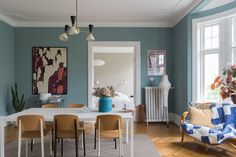 〚 Bright and lively home in the 1910 building in Malmo 〛 ◾ Photos ◾Ideas◾ Design Scandinavian Apartment, Scandinavian Design, Exterior Design, Interior And Exterior, Light Blue Walls, Gravity Home, Best Interior, Wall Colors, Interior Inspiration