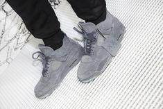 75e34ccb271e Jordan x KAWS Capsule. Womens Training ShoesSneaker MagazineAir JordansMens  ...