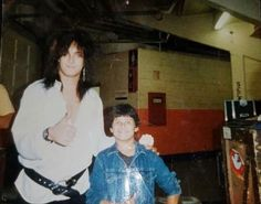 Motley Crue Nikki Sixx, Jim Morrison Movie, Vince Neil, Music Bands, Music Music, Glam Metal, Lovely Eyes, Tommy Lee, Heavy Metal Music