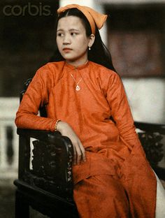 Annam, Vietnam 1931 - The daughter of Annamese royalty poses - © W. Robert Moore/National Geographic Society