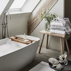 The art of: living well - The White Company Journal Rustic Bathroom Vanities, Modern Master Bathroom, Wood Bathroom, Bathroom Sets, White Bathroom, Bathroom Interior, Small Bathroom, Wooden Bathroom Accessories, Target Bathroom
