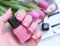 Chanel Le Vernis || 535 May #chanel #chanellevernis #notd #levernis #535may #chanelnailpolishmay #may #pink #pinknailpolish #nailpolish #anotherkindofbeautyblog #chanelnailpolish #beautyblogger #beautyblog