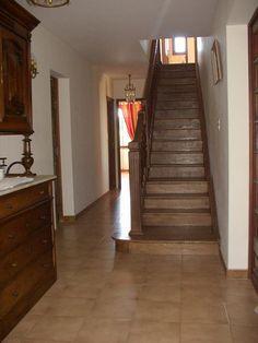 <B> Salle </ b> d & # 39; <b> entrée </ b> Avec escalier Qui Mêne à l & # 39; étage