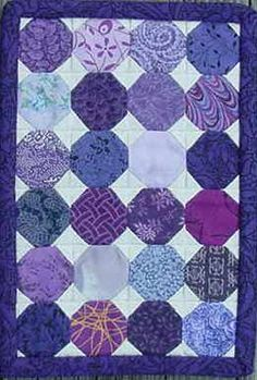 quilt designs for grandchildren Scrappy Quilts, Easy Quilts, Small Quilts, Mini Quilts, Jaybird Quilts, Quilting Projects, Quilting Designs, Snowball Quilts, Purple Quilts