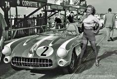 Marylin Monroe, Corvette SR2