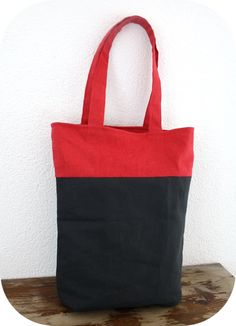 Happy in Red: Reversible 2 coloured tote bag tutorial!
