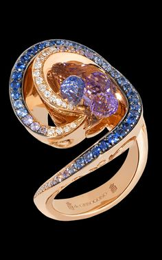 de GRISOGONO Chiocciola Collection,Ring Pink gold - white diamonds - blue sapphires - amethysts