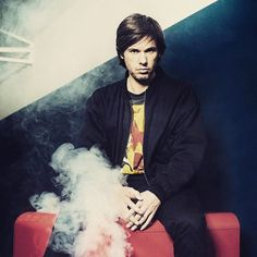 Rule 5 Be a poet as Orelsan  #signorino #2620  #orelsan #lafeteestfinie #avnier #lechantdessirenes #paradis #urban #music #musique #rap #francais #french #chanson #poetry #style #manstyle #wayoflife #boss #entrepreneur #streetwear #rule