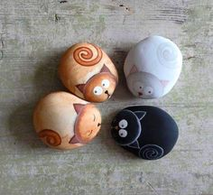 Painted animated cat stones