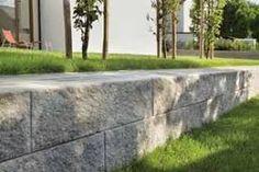 Bilderesultat for Gartenmauer stein