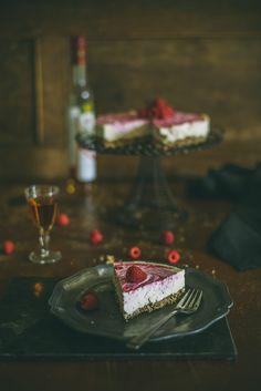 Raw Vegan Cheesecake with Berries