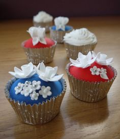 I found various wedding cupcake recipes and simple decorating ideas here.
