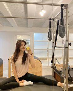 Pretty Korean Girls, Cute Korean Girl, Asian Model Girl, Asian Girl, Ulzzang Fashion, Korean Fashion, Skinny Girl Body, Cute Girl Face, Ulzzang Korean Girl