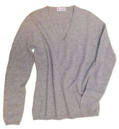 6214-1045 / Colour: Silver gray / Brand: #herzensangelegenheit / Size: 34, 36, 40, 42, 46 ***100% Cashmere Basic #musthave