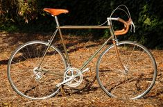Ernesto Colnago's Master frame was first released during the mid-80s and featured crimped tubes that was purported to add strength, although whether it was structural or simply a marketing ploy is still debated. Regardless, it went on to become one of the most desirable frames ever. This is a very special Master: copper-plated, and endowed with Campagnolo's 50th Anniversary gruppo.
