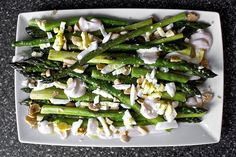 Asparagus with Almonds and Yogurt Dressing