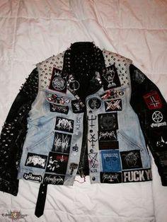 Super Duper Black Metal Trooper Vest With True Norwegian Leather Jacket Metal Fashion, Dark Fashion, Grunge Fashion, Estilo Rock, Black Denim Vest, Punk Jackets, Punk Looks, Battle Jacket, Punk Outfits