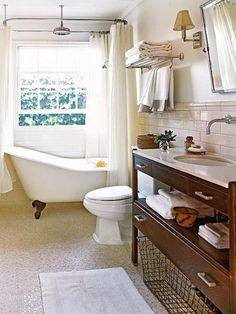 Clawfoot Tub Bathroom Design - Cottage - bathroom - My Home Ideas Bad Inspiration, Bathroom Design Inspiration, Modern Bathroom Design, Design Ideas, Bathroom Designs, Clawfoot Tub Bathroom, Bathroom Renos, Bathroom Ideas, Bath Tub