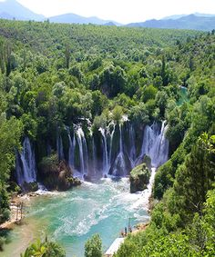 If one waterfall is beautiful, then several together are exponentially beautiful, more so if the water has travelled through limestone and has a gorgeous aqua tint. Kravica Waterfall – Bosnia