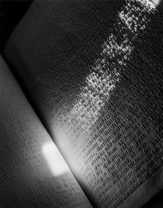 Abelardo Morell - 1841 Book of Proverbs for the Blind, 1995 Cool Books, I Love Books, Eye Photography, Still Life Photography, Photo Book, Photo Art, Invert Image, Book Of Proverbs, True Gift