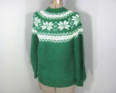 Vintage Sweater, 1980s Sweater, Fairisle Sweater, Norwegian Sweater, Grass Green, White, Snowflakes, Size S, Size M