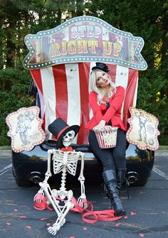 Halloween Spooktacular Carnival Trunk or Treat ideas Shadowing Halloween Clown Scary, Diy Halloween Costumes For Kids, Halloween Scene, Halloween Skeletons, Halloween Projects, Halloween Party, Halloween 2020, Trunk Or Treat, Fashion Kids