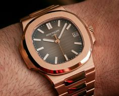 Patek Philippe Nautilus Watch In All Rose Gold Hands-On Patek Philippe 5970, Patek Philippe Aquanaut, Stylish Watches, Luxury Watches For Men, Patek Philippe World Time, Panerai Watches, Men's Watches, Patek Philippe Calatrava, Dream Watches