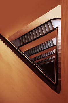 Triangle staircase in orange and red tones