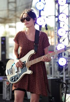 Jenny Lee Lindberg of my fav band WARPAINT.