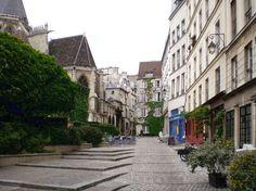 Paris 4e - la médiévale rue-des-barres-paris-zigzag