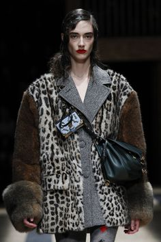 See detail photos for Prada Fall 2016 Ready-to-Wear collection.