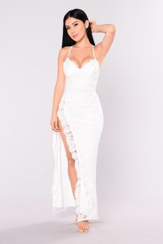 Available In Mauve And White Lace Maxi Dress Adjustable Straps And Side Slit Polyester Shop this piece at Fashion Nova. Zoe Saldana, White Lace Maxi Dress, White Maxi, Dress Black, Banquet Dresses, Party Dresses, Birthday Dresses, Wedding Dresses, Evening Party Gowns