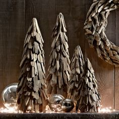 Driftwood Christmas Tree - Great site for many more Christmas ideas and anything Coastal.