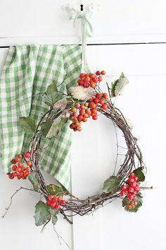Twig Wreath, Berries, Gingham... VIBEKE DESIGN