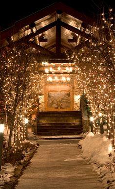 Christmas Party ideas - glitzy entrance