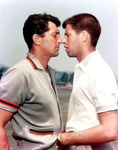 Comedy duo Jerry Lewis and Dean Martin went 10 years without speaking before mutual friend Frank Sinatra organized a secret reunion. Jerry Lewis, Dean Martin, Hollywood Stars, Classic Hollywood, Vintage Hollywood, Divas, Comedy Duos, Sammy Davis Jr, Cinema