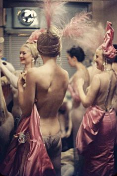 Showgirls backstage at the Latin Quarter Nightclub in New York City,1958. // New York After Hours (NY MAG)
