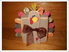 It's Written on the Wall: Thanksgiving Crafts-Paper/Wood Pumpkins, Turkey, Runners, Wreath & Banner etc