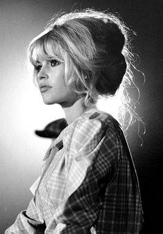 Brigitte Bardot during the filming of Viva Maria, 1965.