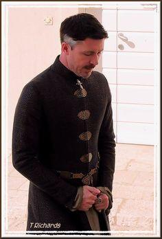 Game of Thrones - GoT - Costumes - Clothing - Petyr Baelish - Littlefinger Peter Baelish, Lord Baelish, Sansa And Petyr, Sansa Stark, Game Of Thrones Series, Game Of Thrones Funny, Mens Leather Coats, Aidan Gillen, Michael Malarkey