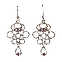 Perfect gift for someone you love: #Pandora earrings #DesignerOutletParndorf
