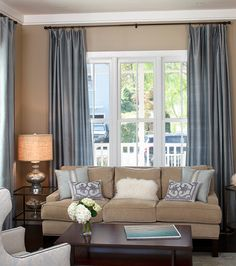 High curtains lengthen your walls