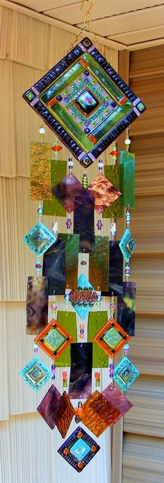 Kirk's Glass Art fused and stained glass windchimes Broken Glass Art, Sea Glass Art, Stained Glass Art, Shattered Glass, Mosaic Art, Mosaic Glass, Fused Glass, Dreamcatchers, Perfumes Vintage