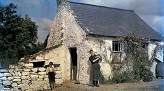 """irisharchaeology: """" A family stands outside their cottage in County Cork, Ireland in 1927 Image: Clifton R. Colorful Pictures, Old Pictures, Old Photos, Ireland Pictures, Vintage Photos, 1920s Photos, Irish Free State, National Geographic Photographers, Stone Cottages"""
