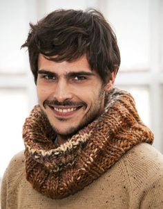 Katia Inca - www. Knit Hat For Men, Hats For Men, Knit Or Crochet, Crochet Scarves, Sweater Hat, Cowl Scarf, Knitted Hats, Knitting, Cowls